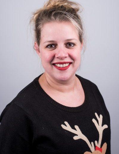 34. Yvonne Neinuis