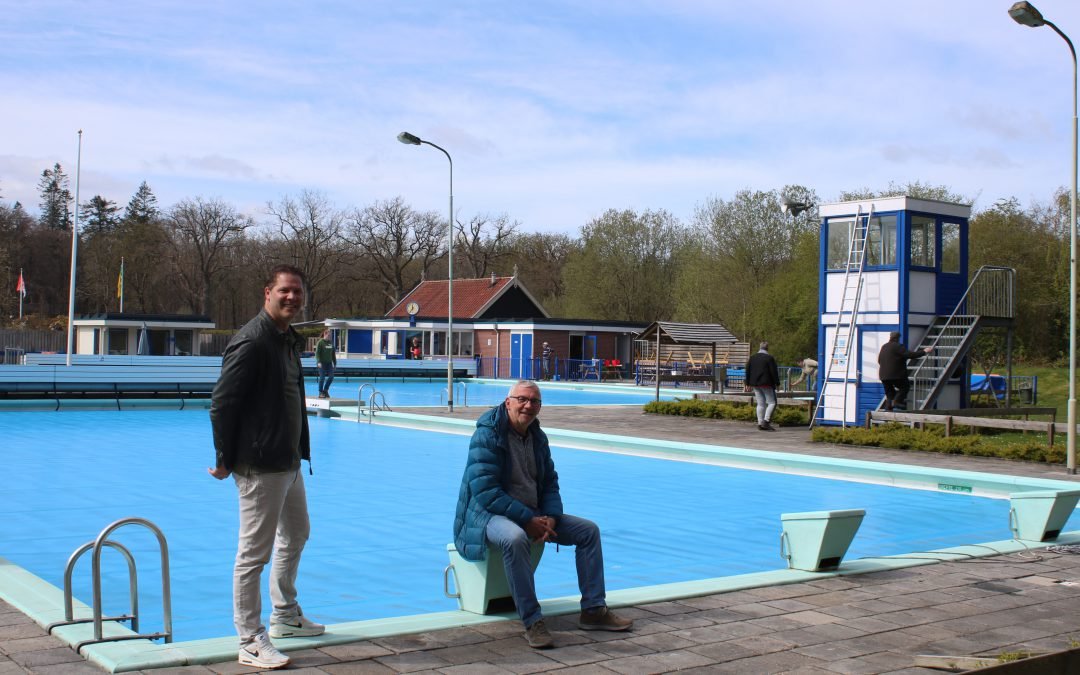 """Gemeentebelangen Noordenveld: """"Renovatie zwembad Veenhuizen moet doorgaan""""."""